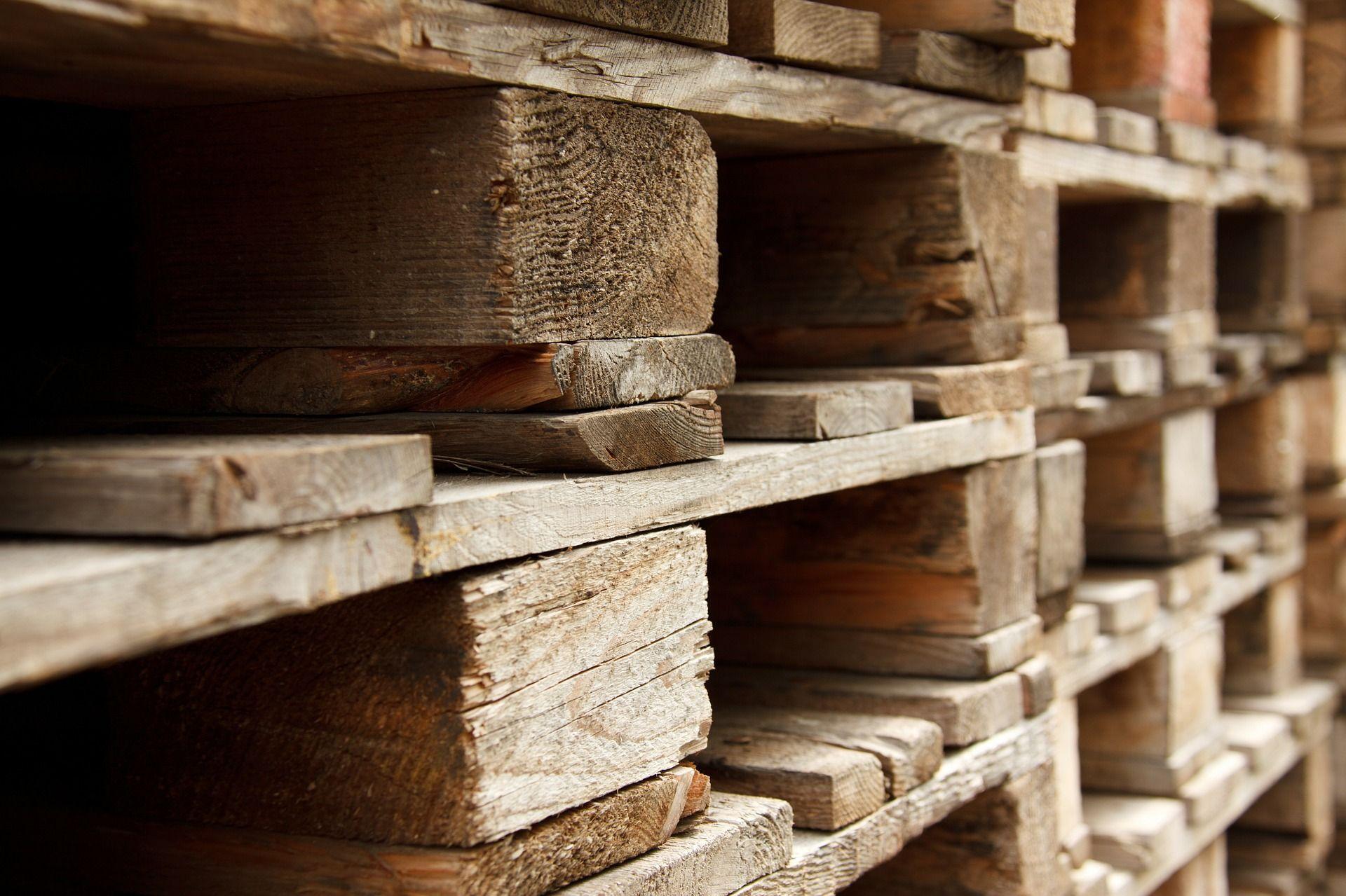 Fabriquer Un Composteur Avec Des Palettes fabriquer son composteur avec des palettes de bois de récup.