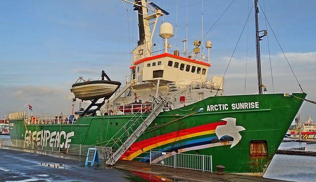 greenpeace-accuse-nestle